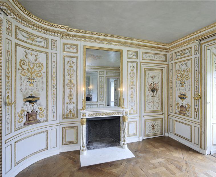 Le boudoir turc de Marie-Antoinette à Fontainebleau - Page 2 13-61210
