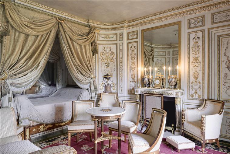 Le boudoir turc de Marie-Antoinette à Fontainebleau - Page 2 15-52311