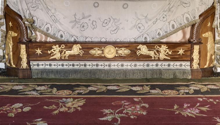 Le boudoir turc de Marie-Antoinette à Fontainebleau - Page 2 15-52316