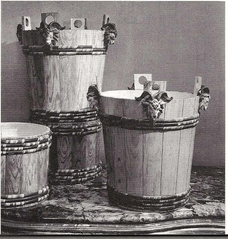 Service de Marie-Antoinette pour Rambouillet en porcelaine de Sèvres 1_a0_110