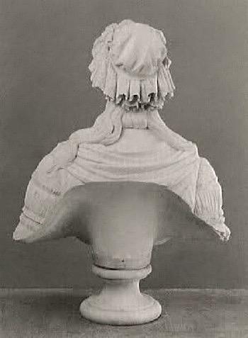 Bustes de Marie-Antoinette par la duchesse Castiglione-Colonna, Adèle d'Affry, dite Marcello 2nurfv10