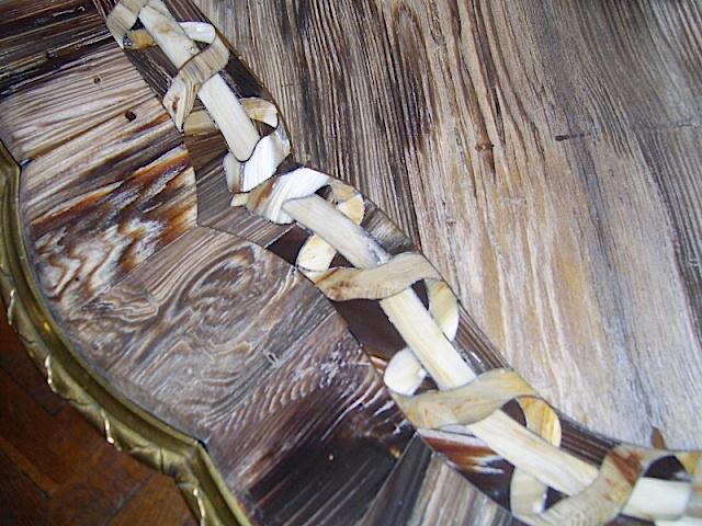 Collection de Marie-Antoinette d'objets et meubles en bois pétrifié  44_04211