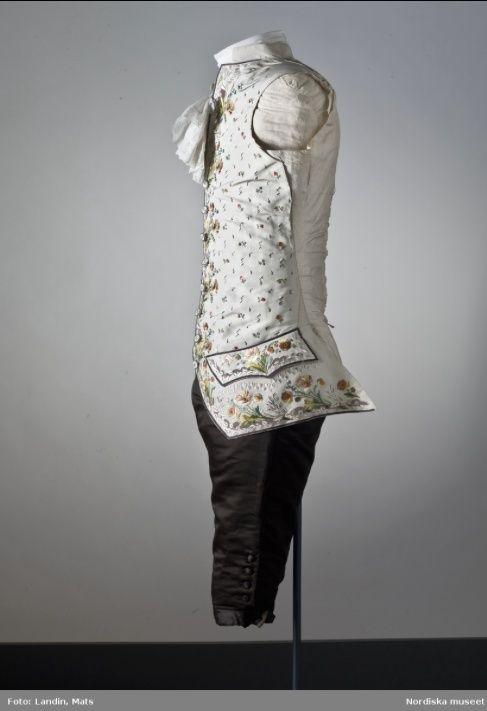 La mode et les habits masculins au XVIIIe siècle - Page 2 Axel_f21