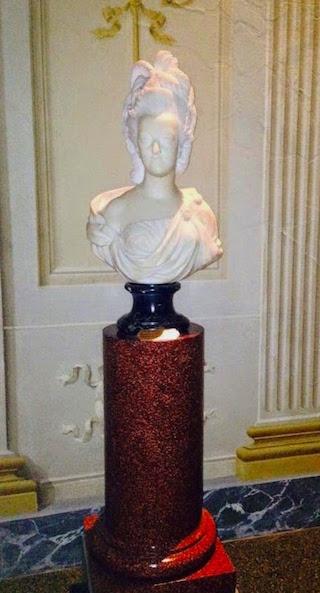 Buste de Marie-Antoinette, Palais Pitti (Florence) Busto-15