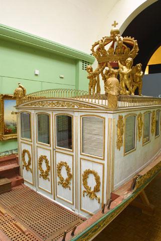 Le canot de promenade de Marie-Antoinette à Versailles Canot-10