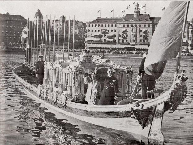 Le canot de promenade de Marie-Antoinette à Versailles Canotd10