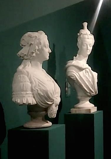 Bustes de Marie-Antoinette par la duchesse Castiglione-Colonna, Adèle d'Affry, dite Marcello Captur18