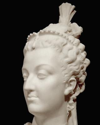 Bustes de Marie-Antoinette par la duchesse Castiglione-Colonna, Adèle d'Affry, dite Marcello Captur20