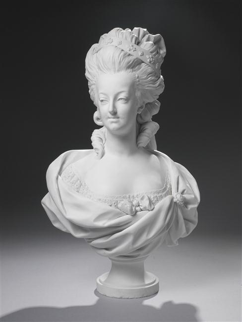 Marie Antoinette, par (et d'après) Louis-Simon Boizot D_apre11