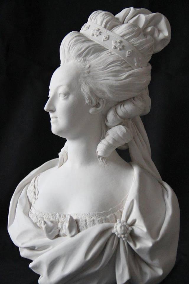 Marie Antoinette, par (et d'après) Louis-Simon Boizot Deyapr10