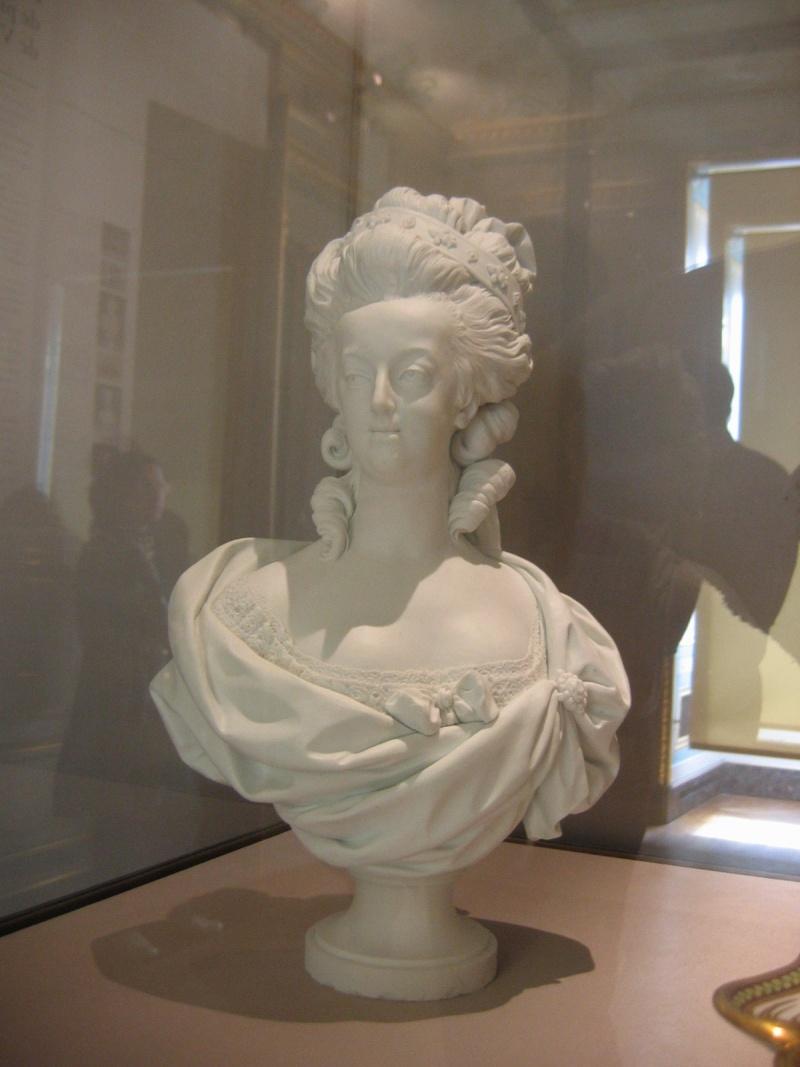 Marie Antoinette, par (et d'après) Louis-Simon Boizot Deyapr11