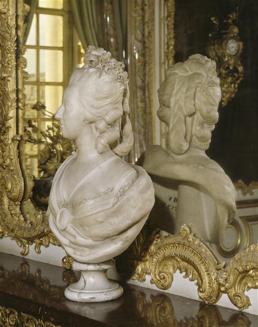Bustes de Marie Antoinette par et d'après Félix Lecomte Felix_13