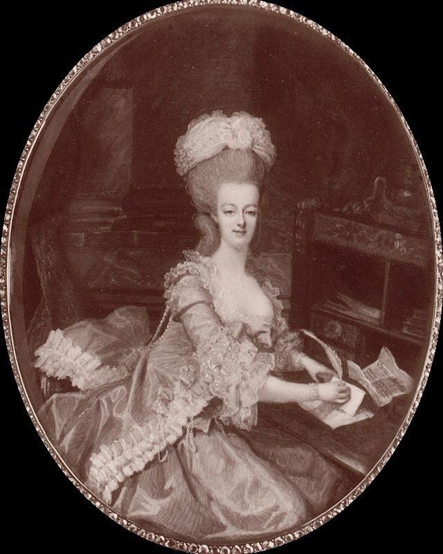 Marie Antoinette, miniatures attribuées à ou d'après François Dumont - Page 2 Franyo10