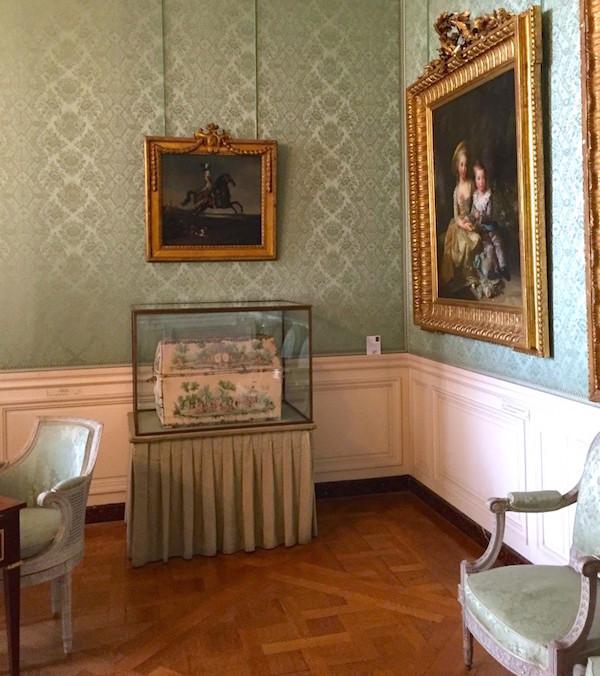 Malles et coffres de voyage de Marie-Antoinette Img_6011