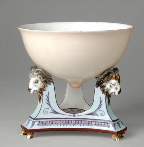 Service de Marie-Antoinette pour Rambouillet en porcelaine de Sèvres Jatte_11