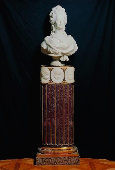 Buste de Marie-Antoinette par Joseph Fernande Joseph10