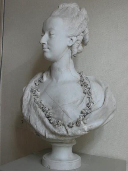 Marie Antoinette, par (et d'après) Louis-Simon Boizot M0332010