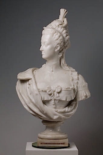 Bustes de Marie-Antoinette par la duchesse Castiglione-Colonna, Adèle d'Affry, dite Marcello Marcel13