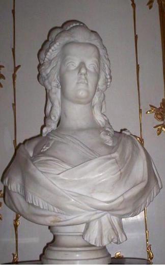 Buste de Marie-Antoinette par Joseph Fernande Marie_27