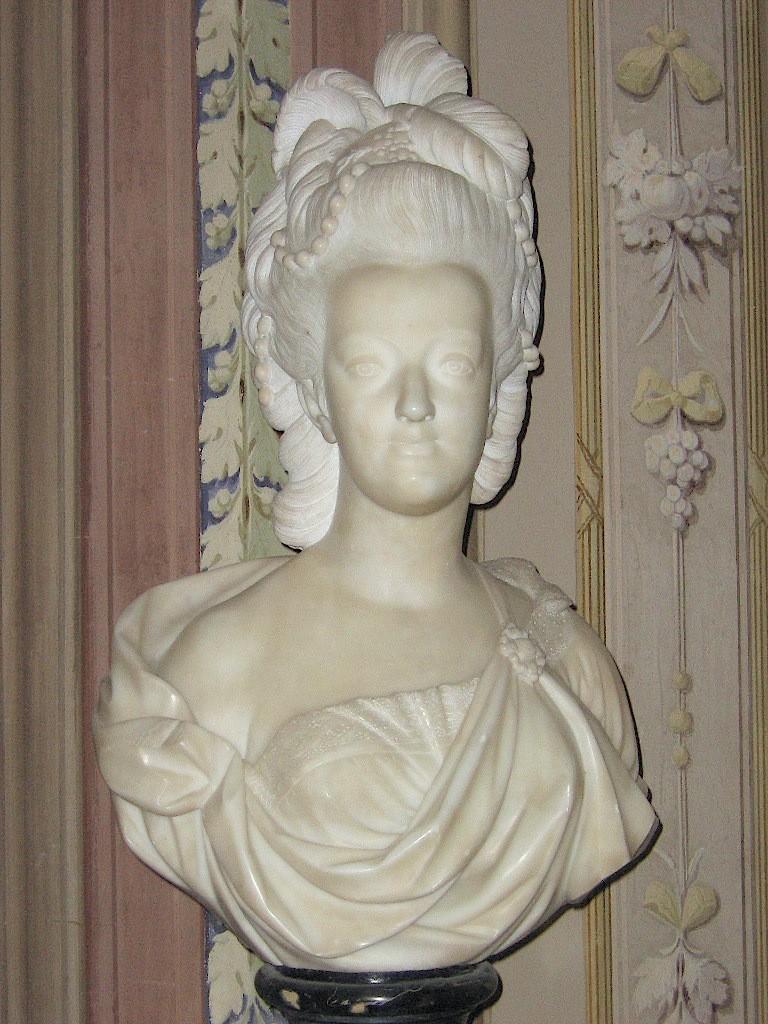 Buste de Marie-Antoinette, Palais Pitti (Florence) Marie_29