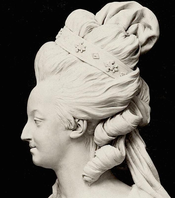 Marie Antoinette, par (et d'après) Louis-Simon Boizot Marie_31