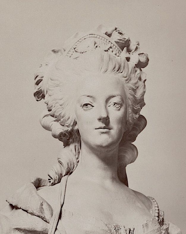 Marie Antoinette, par (et d'après) Louis-Simon Boizot Marie_34