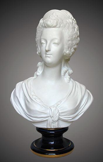 Buste de Marie-Antoinette d'après Brachard (Jean-Charles ou Jean-Nicolas) Marie_39