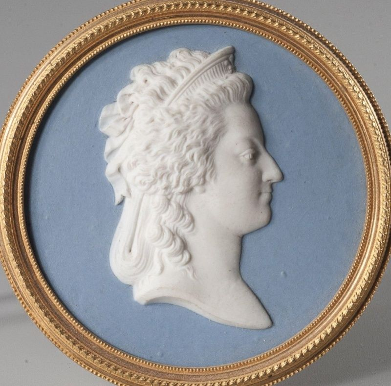 Buste de Marie-Antoinette d'après Brachard (Jean-Charles ou Jean-Nicolas) Marie_44