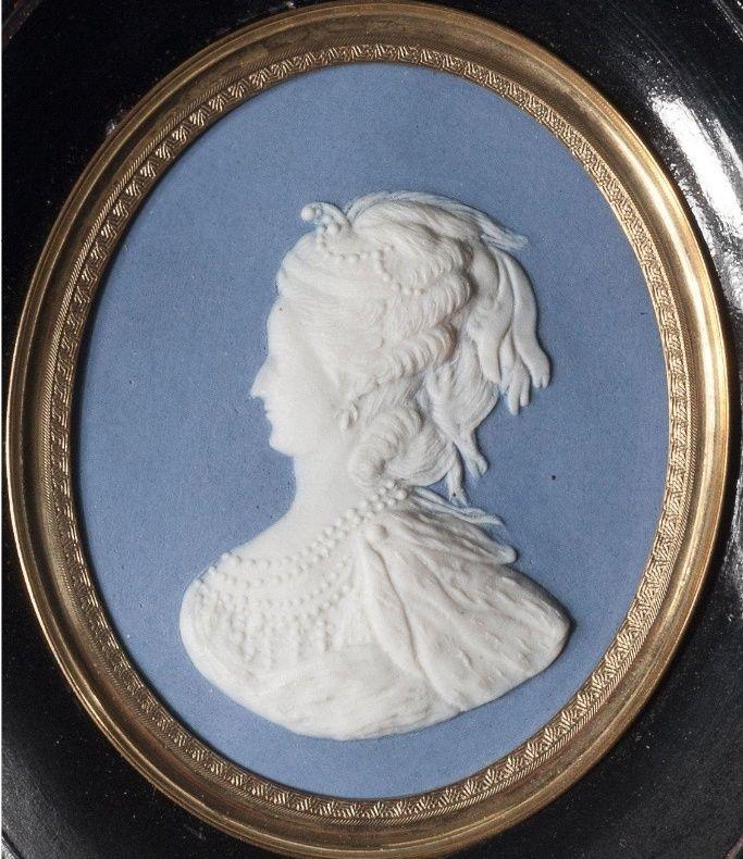 Buste de Marie-Antoinette d'après Brachard (Jean-Charles ou Jean-Nicolas) Marie_45