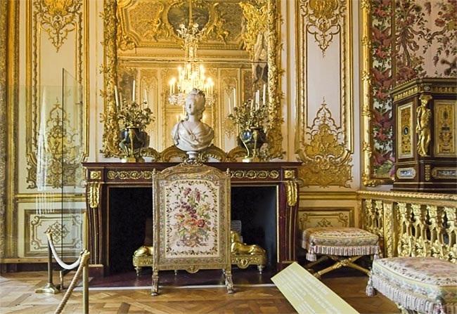 Bustes de Marie Antoinette par et d'après Félix Lecomte Marie_48