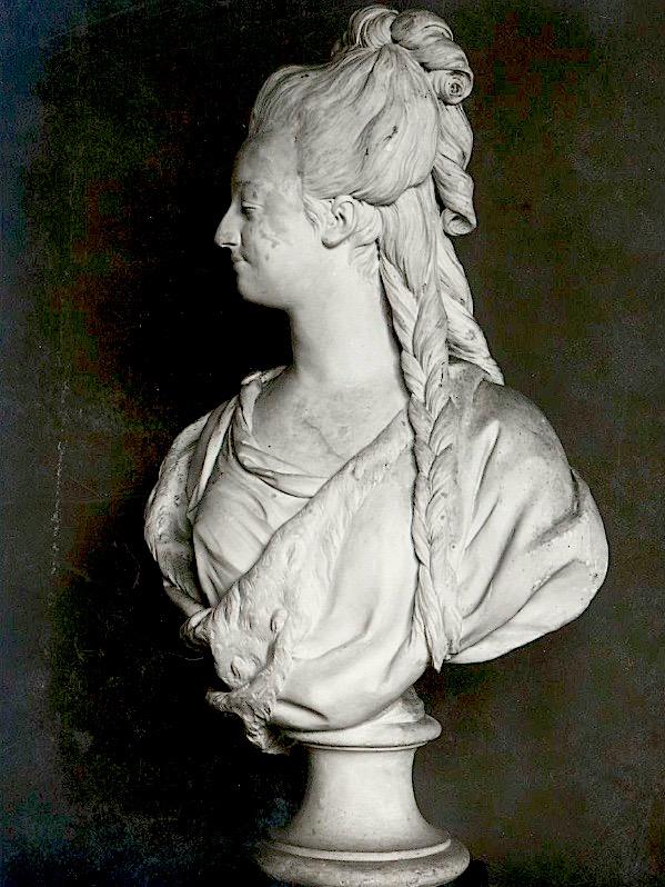Marie Antoinette, par (et d'après) Louis-Simon Boizot Platre10
