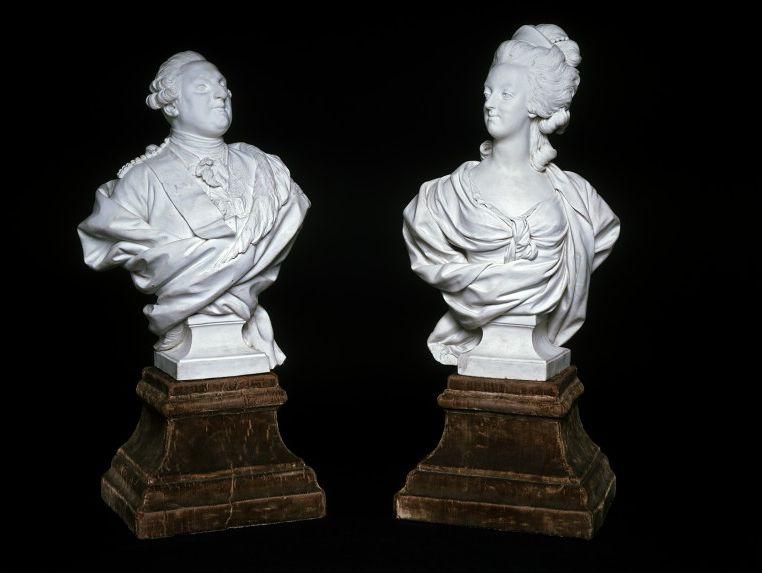 Marie Antoinette, par (et d'après) Louis-Simon Boizot Victor10