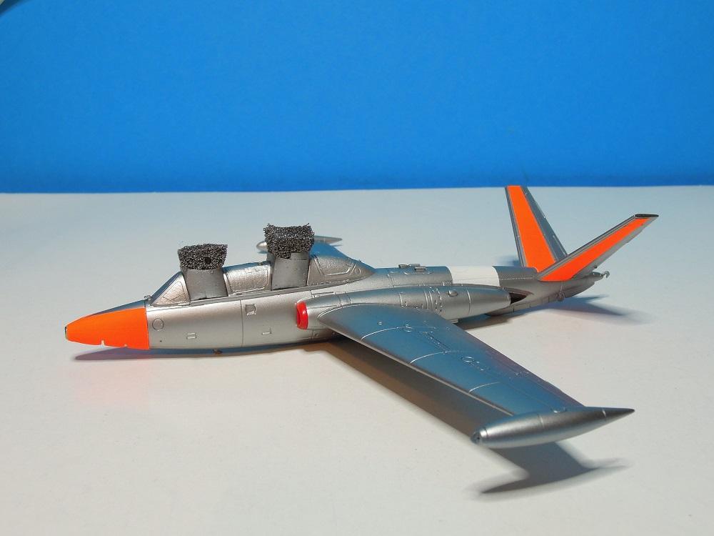 Fouga CM-175 Zéphyr-Spécial Hobby-1/72° (terminé) - Page 4 Dscn0016
