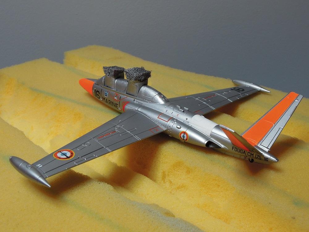 Fouga CM-175 Zéphyr-Spécial Hobby-1/72° (terminé) - Page 5 Dscn8613