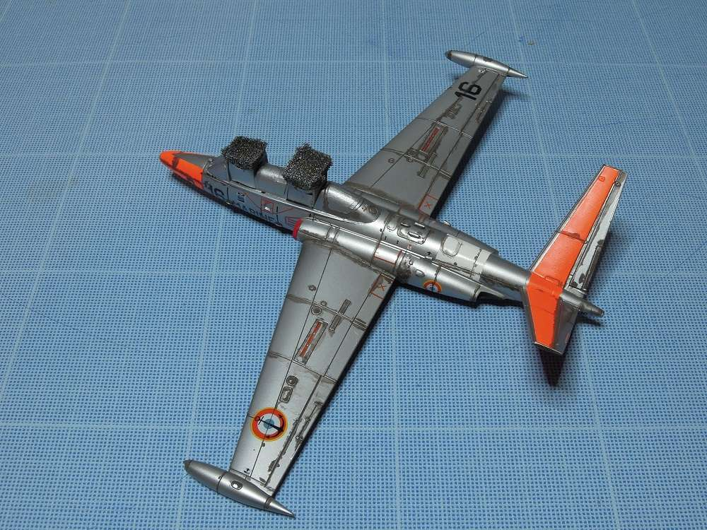Fouga CM-175 Zéphyr-Spécial Hobby-1/72° (terminé) - Page 5 Dscn8614