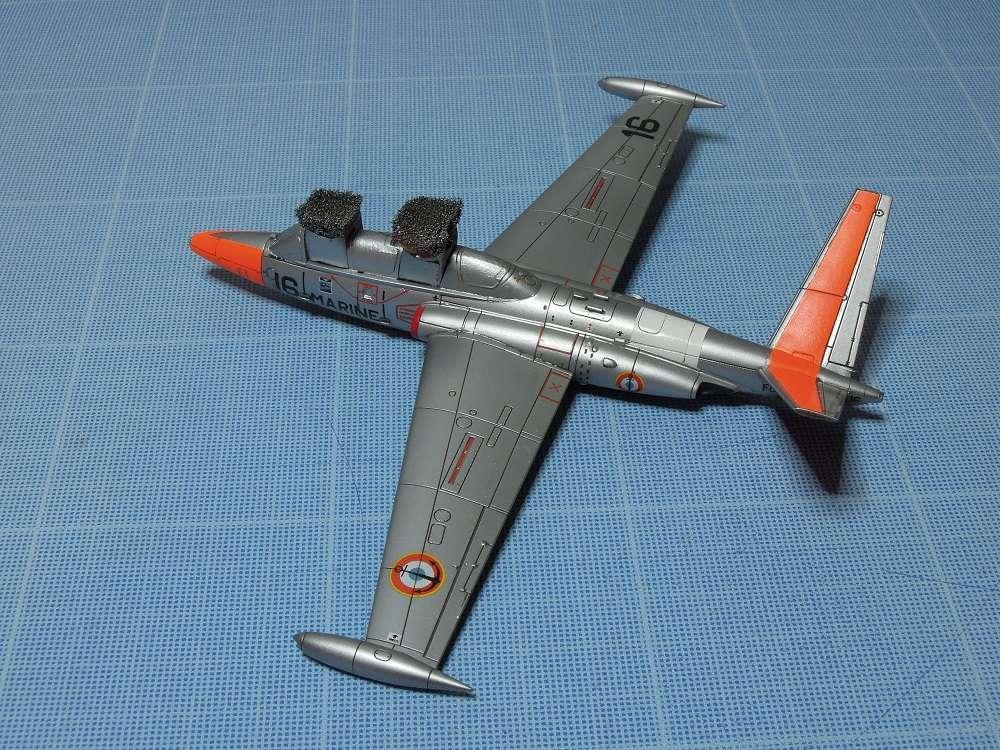 Fouga CM-175 Zéphyr-Spécial Hobby-1/72° (terminé) - Page 5 Dscn8710