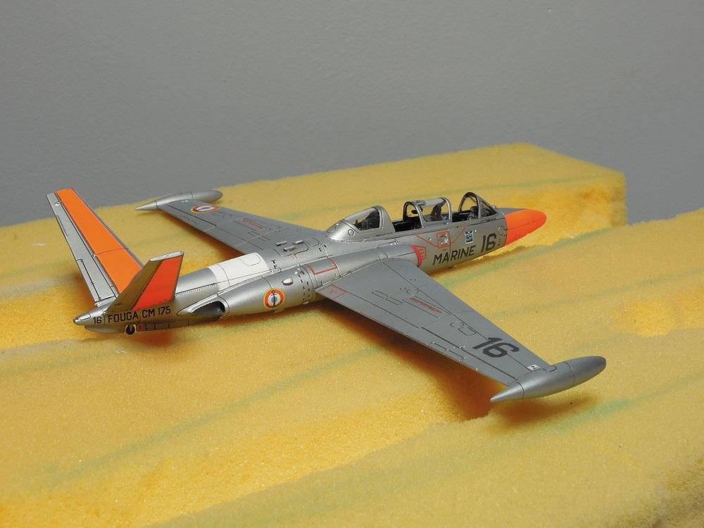 Fouga CM-175 Zéphyr-Spécial Hobby-1/72° (terminé) - Page 5 Dscn8711