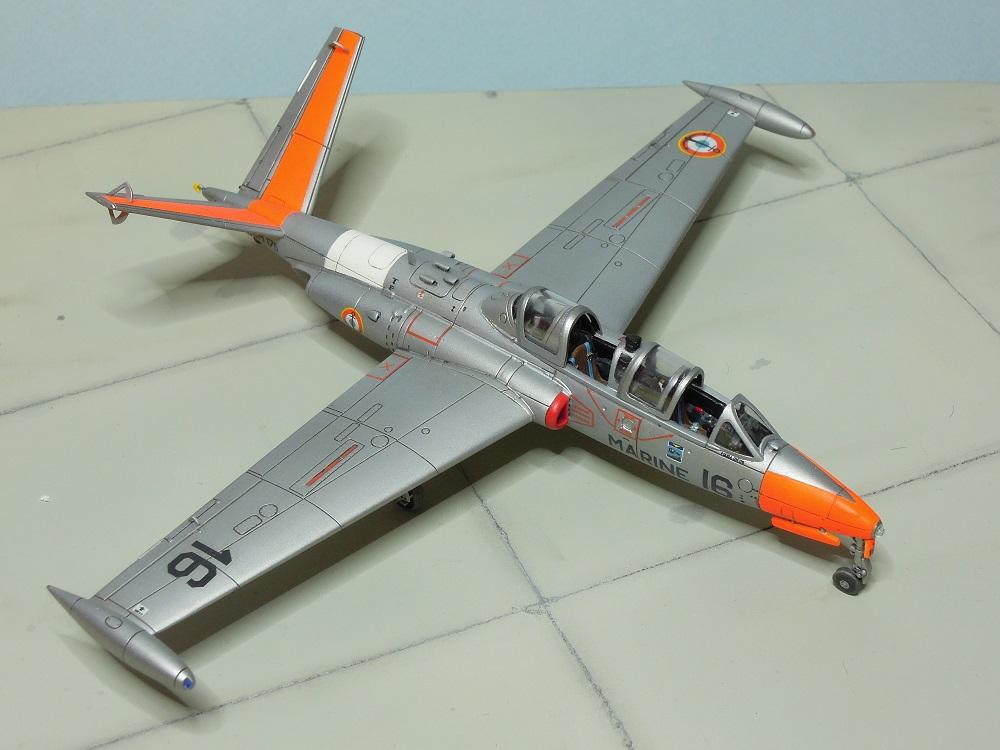 Fouga CM-175 Zéphyr-Spécial Hobby-1/72° (terminé) - Page 6 Dscn9113