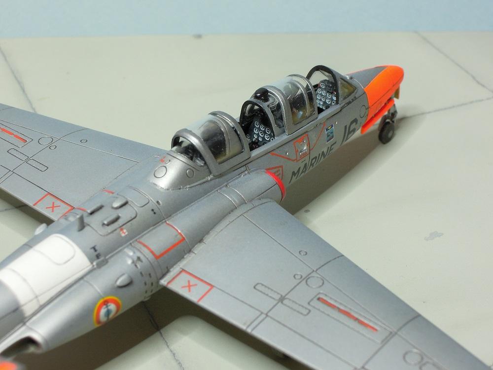 Fouga CM-175 Zéphyr-Spécial Hobby-1/72° (terminé) - Page 6 Dscn9114