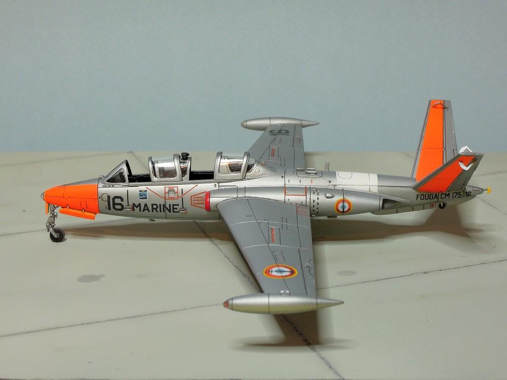 Fouga CM-175 Zéphyr-Spécial Hobby-1/72° (terminé) - Page 6 Dscn9117