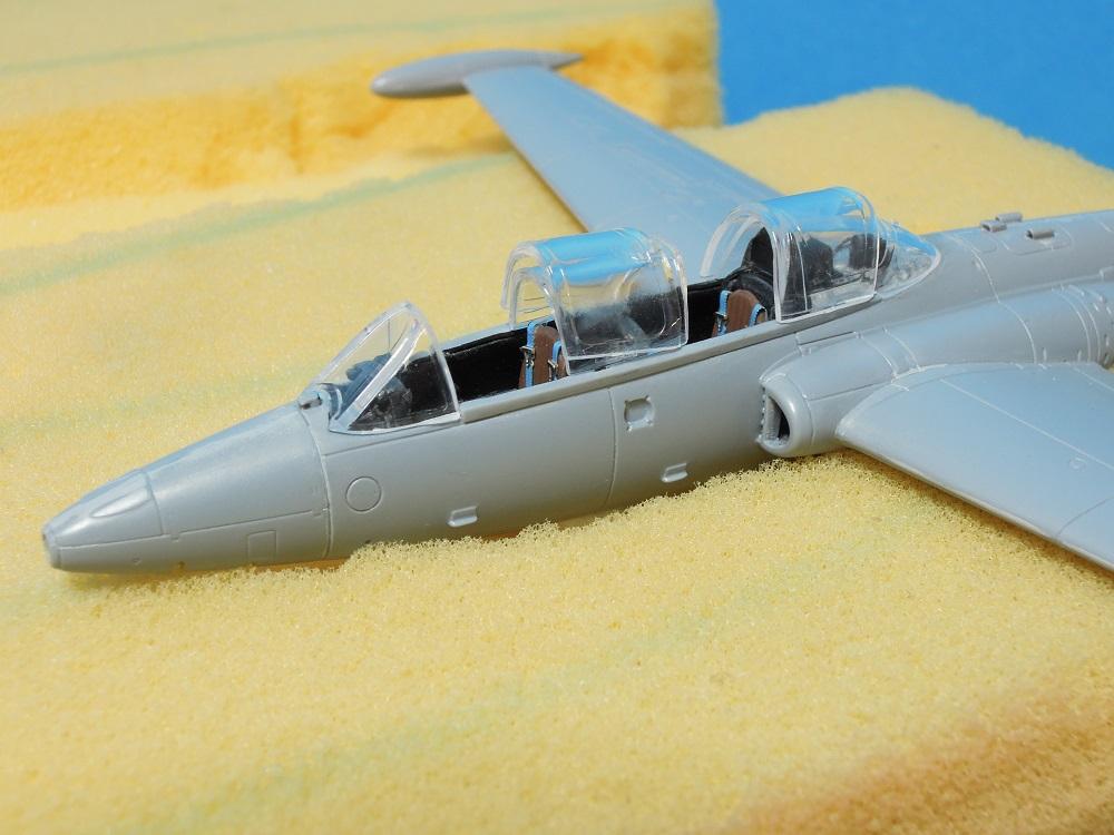 Fouga CM-175 Zéphyr-Spécial Hobby-1/72° (terminé) - Page 3 Dscn9811