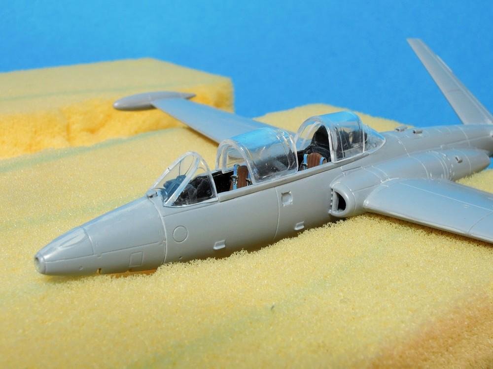 Fouga CM-175 Zéphyr-Spécial Hobby-1/72° (terminé) - Page 3 Dscn9813