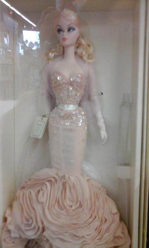 Une Barbie superbe 04310