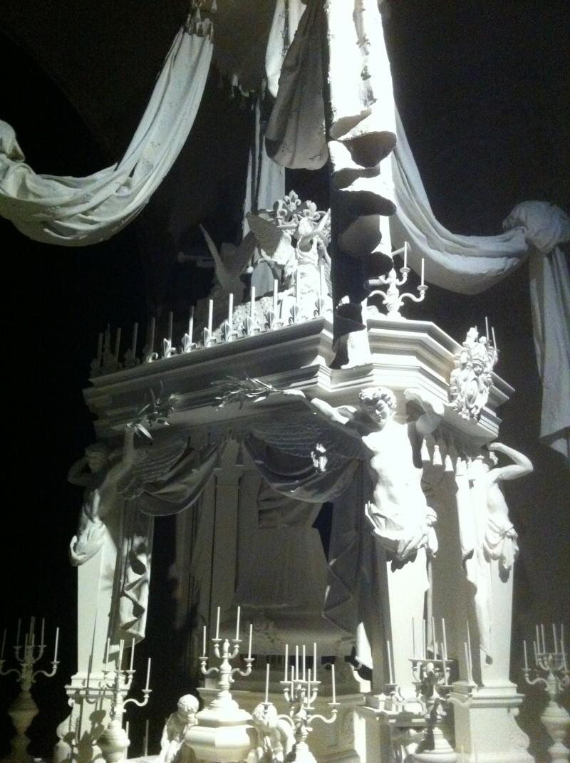 Le Roi est mort, vive le Roi !  Exposition à Versailles M210