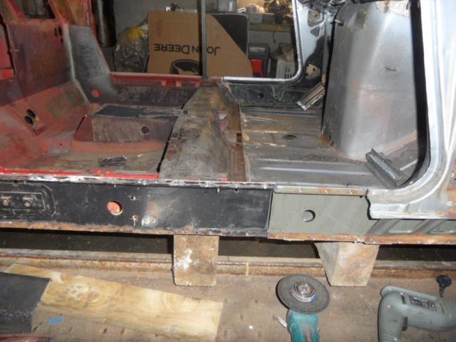 "construction d'un proto ""maxi 5 Turbo"" Sam_1211"