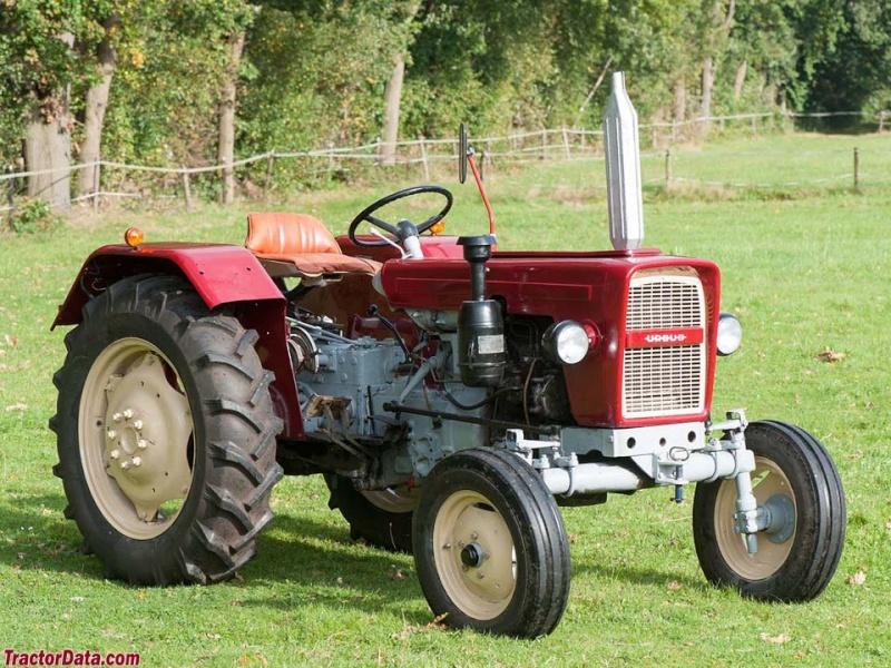 Traktori Ursus opća tema  3330-t10