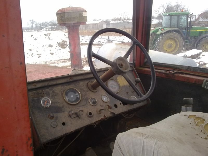 Traktori IMT 5200 - 5500 opća tema Imt-5216