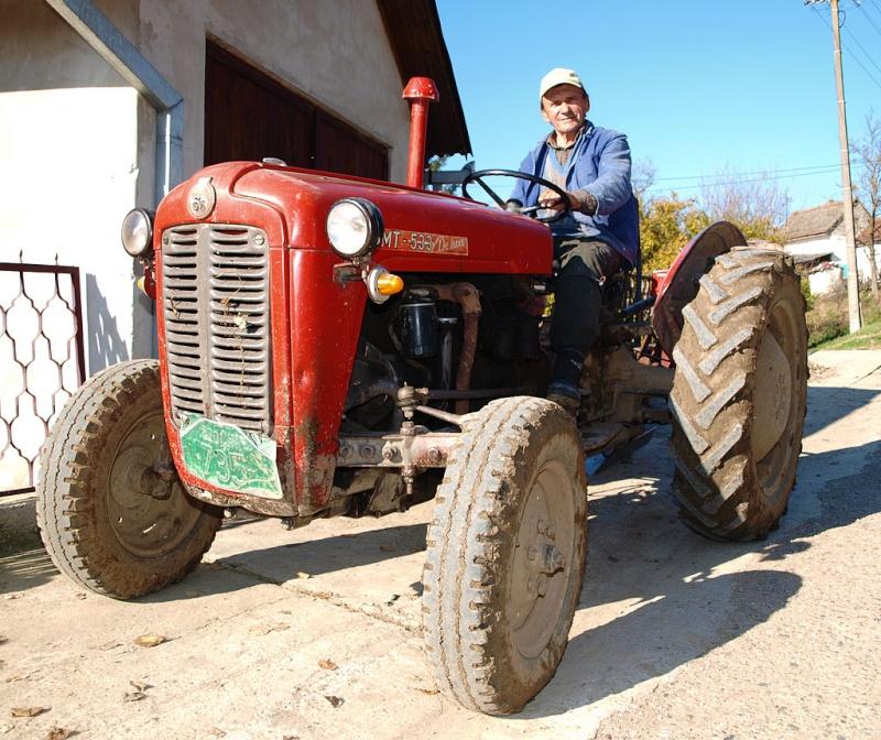 Traktor IMT 533  & 539 opća tema tema traktora Imt_5310