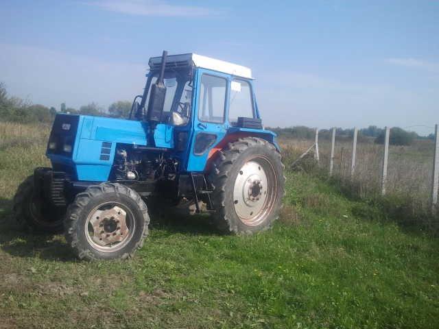 Traktori  LTZ opća tema Ltz-6012