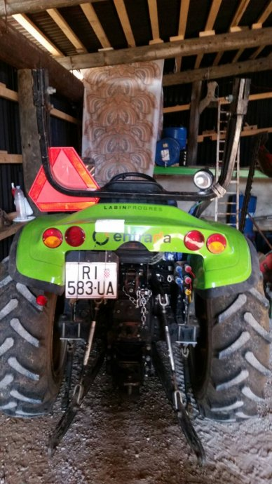 Traktori Tuber 40 & 50  opća tema                                       Prodaj10